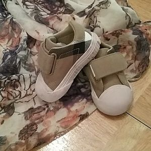 Pink Burberry Shoes